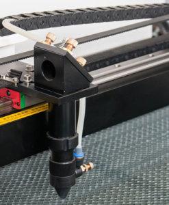 Cabezal laser Lasering LT con compresor de aire