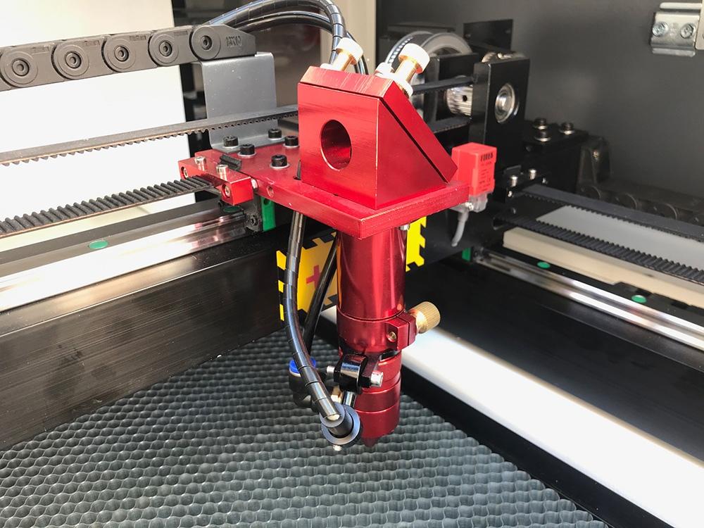 Maquina laser LASERING LT cavezal laser con sistema de aire