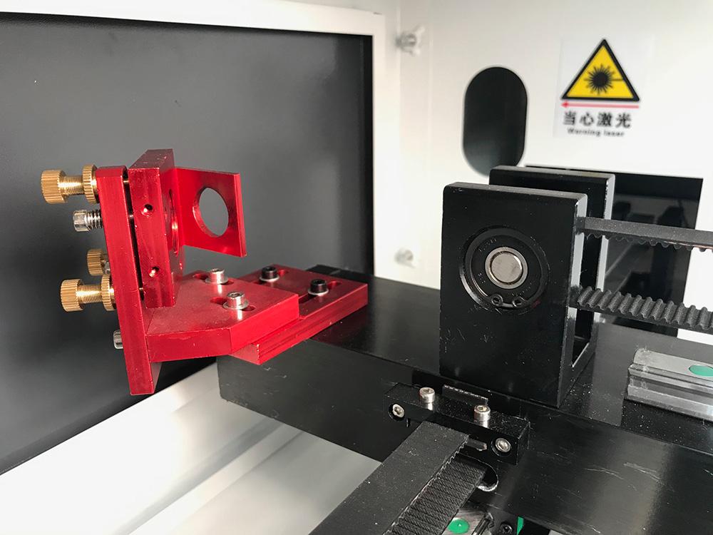 Maquina laser LASERING LT corras de ejes y 2 espejo